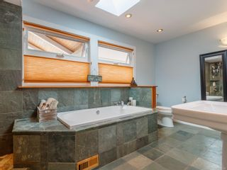Photo 35: 102 Garner Cres in : Na University District House for sale (Nanaimo)  : MLS®# 857380