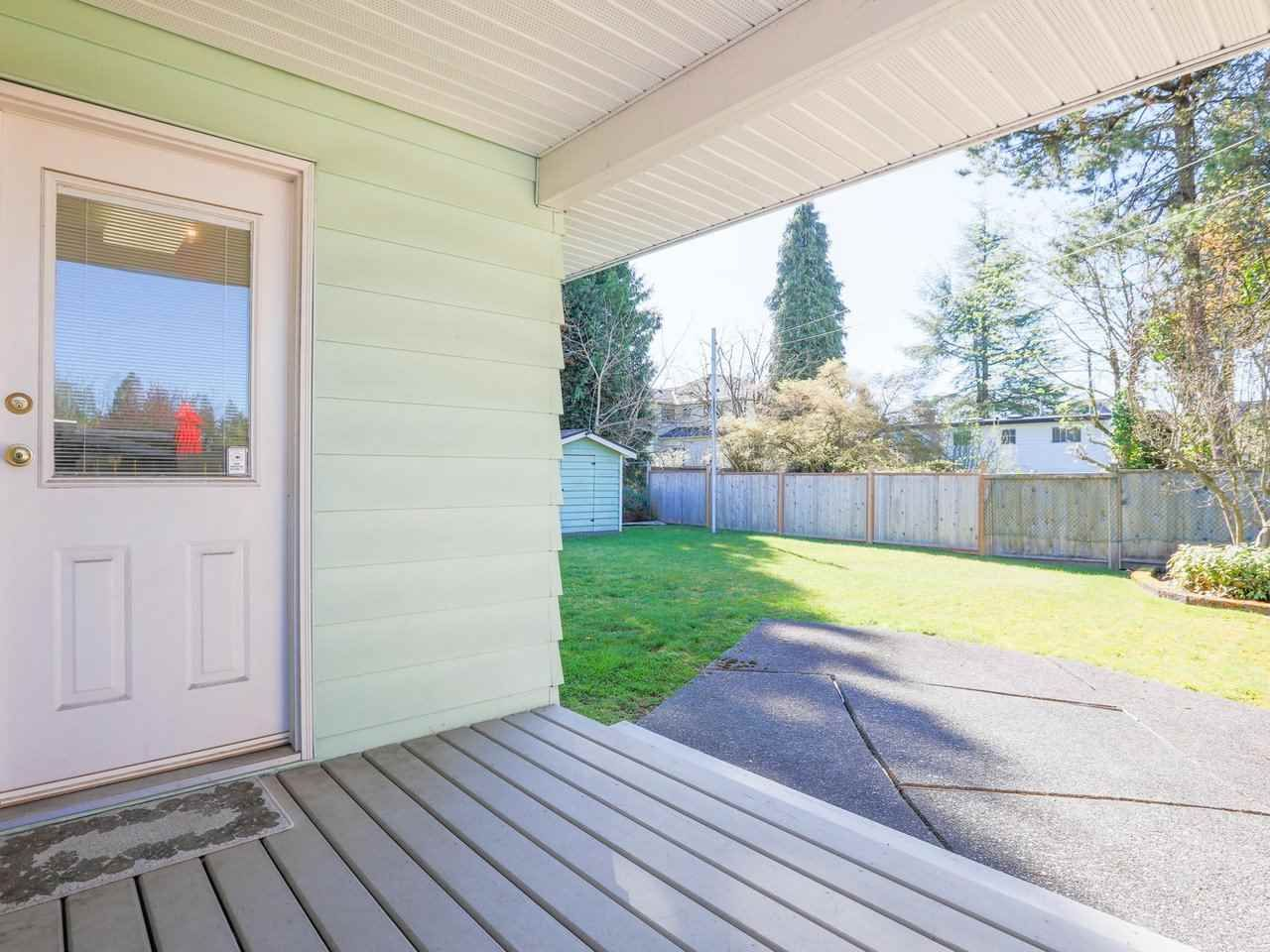 Photo 21: Photos: 1422 GROVER Avenue in Coquitlam: Central Coquitlam House for sale : MLS®# R2568207