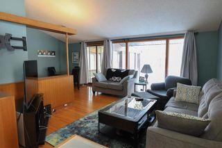 Photo 4: 70 Sandra Bay in Winnipeg: East Fort Garry Residential for sale (1J)  : MLS®# 202101829