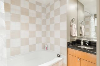 """Photo 13: 901 1003 BURNABY Street in Vancouver: West End VW Condo for sale in """"Milano"""" (Vancouver West)  : MLS®# R2498436"""