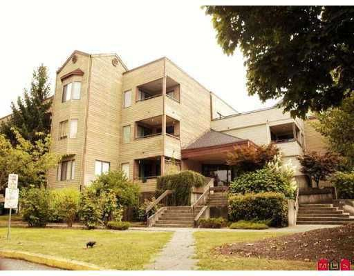 """Main Photo: 212 5224 204TH Street in Langley: Langley City Condo for sale in """"South Wynde"""" : MLS®# F2725791"""