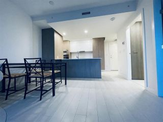 """Photo 13: 1203 285 E 10TH Avenue in Vancouver: Mount Pleasant VE Condo for sale in """"The Independent"""" (Vancouver East)  : MLS®# R2555430"""