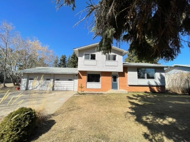 Main Photo: 5108 54 Avenue in Edgerton: Egderton House for sale (MD of Wainwright)  : MLS®# A1094908