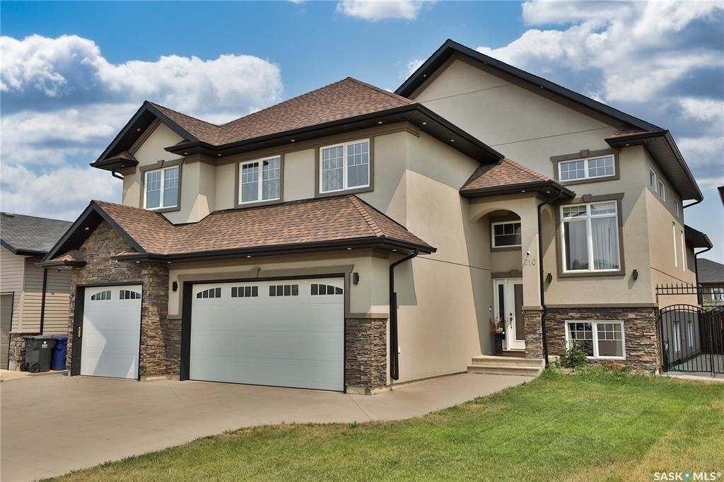 Main Photo: 710 Crystal Springs Drive in Warman: Residential for sale : MLS®# SK863959