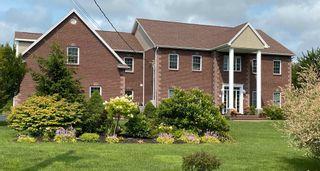 Main Photo: 42 Vrege Court in Kingswood: 21-Kingswood, Haliburton Hills, Hammonds Pl. Residential for sale (Halifax-Dartmouth)  : MLS®# 202105964