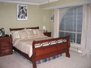 "Photo 12: 13 7141 122ND Street in Surrey: West Newton Townhouse for sale in ""Kirkbridge"" : MLS®# F2727302"