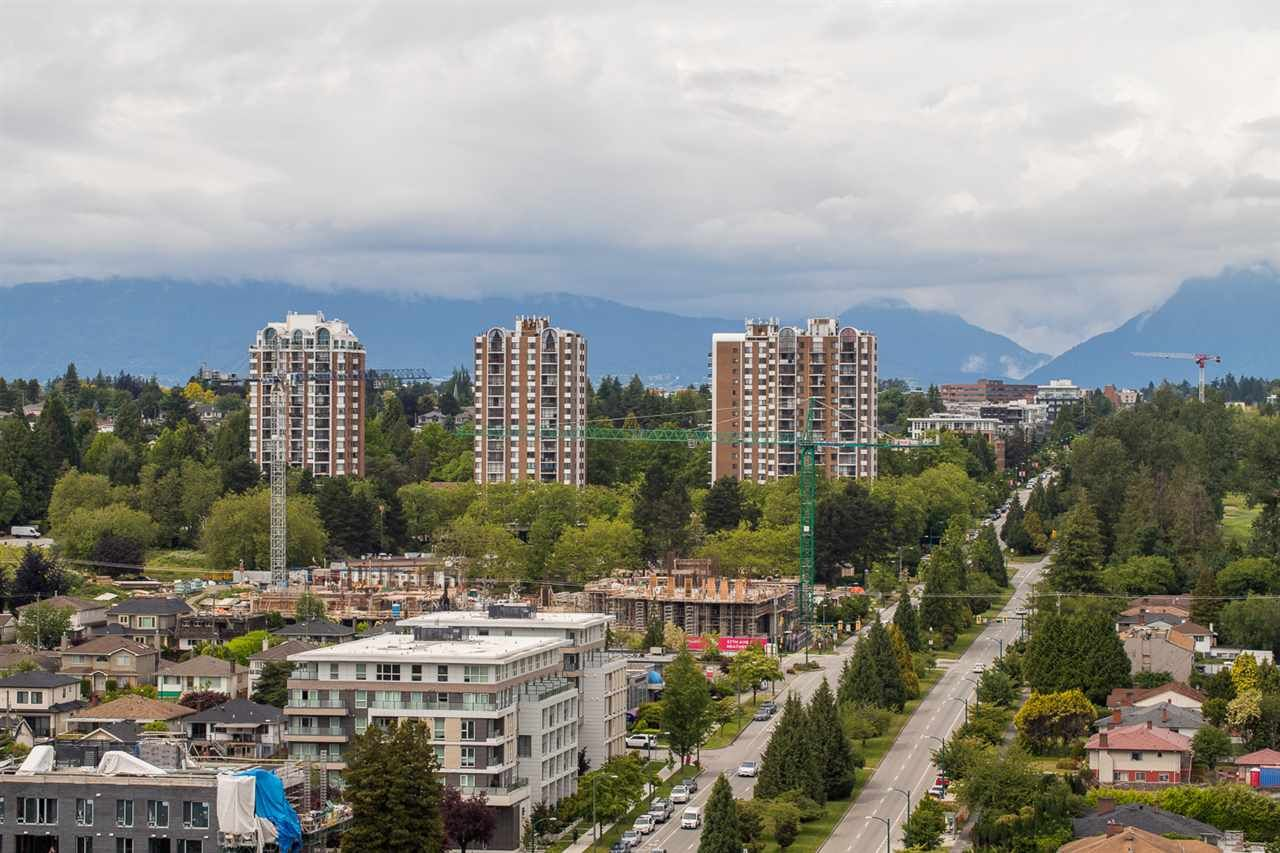 "Main Photo: 2402 8031 NUNAVUT Lane in Vancouver: Marpole Condo for sale in ""MC2"" (Vancouver West)  : MLS®# R2562417"