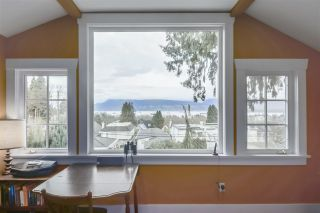 "Photo 15: 3981 W 11TH Avenue in Vancouver: Point Grey House for sale in ""Point Grey"" (Vancouver West)  : MLS®# R2430959"