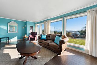 Photo 3: 5519 Tappin St in : CV Union Bay/Fanny Bay House for sale (Comox Valley)  : MLS®# 870917