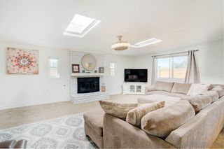 Photo 7: CHULA VISTA House for sale : 4 bedrooms : 168 E Quintard St