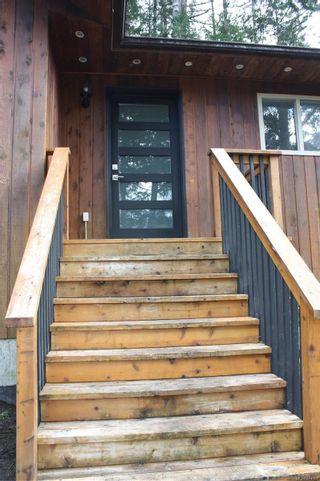 Photo 3: 1653 Millstream Rd in : Hi Western Highlands House for sale (Highlands)  : MLS®# 874002