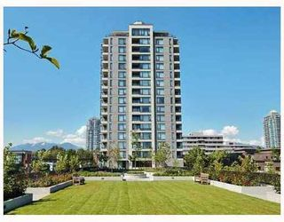 """Photo 1: 501 4182 DAWSON Street in Burnaby: Brentwood Park Condo for sale in """"TANDEM 3"""" (Burnaby North)  : MLS®# V757253"""