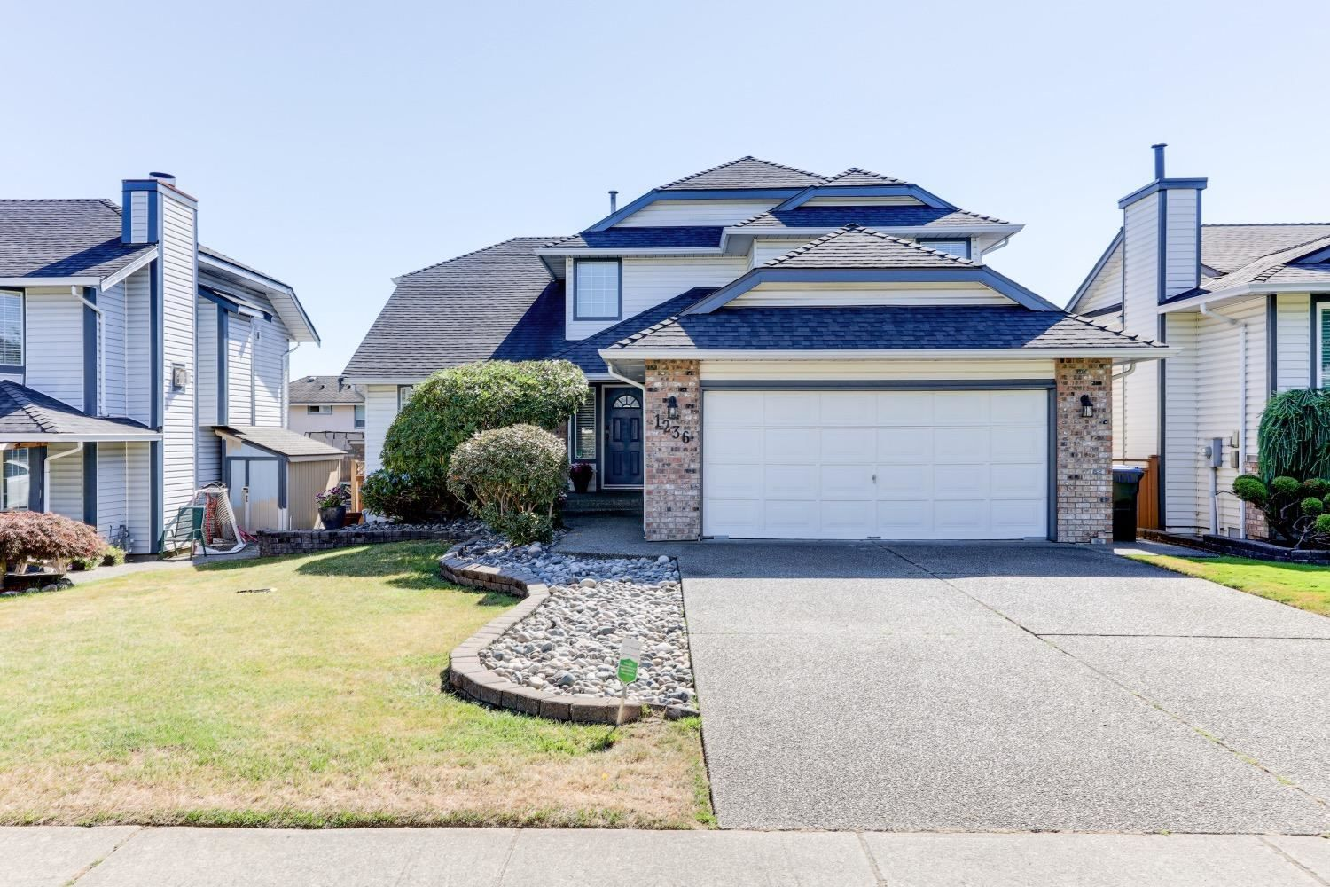 Main Photo: 1236 KENSINGTON Place in Port Coquitlam: Citadel PQ House for sale : MLS®# R2603349