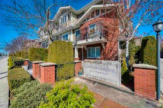 """Photo 2: 11 8391 WILLIAMS Road in Richmond: Saunders Townhouse for sale in """"Southarm Gardens"""" : MLS®# R2568784"""