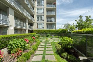 """Photo 19: 413 2055 YUKON Street in Vancouver: False Creek Condo for sale in """"THE MONTREUX"""" (Vancouver West)  : MLS®# R2371441"""