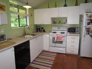 Photo 3: 3350 Omineca Court in Abbotsford: House for rent