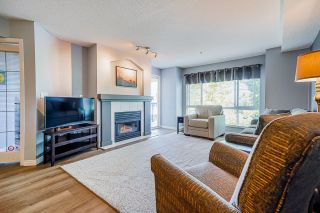 """Photo 14: 233 19528 FRASER Highway in Surrey: Cloverdale BC Condo for sale in """"Fairmont On The Boulevard"""" (Cloverdale)  : MLS®# R2615595"""