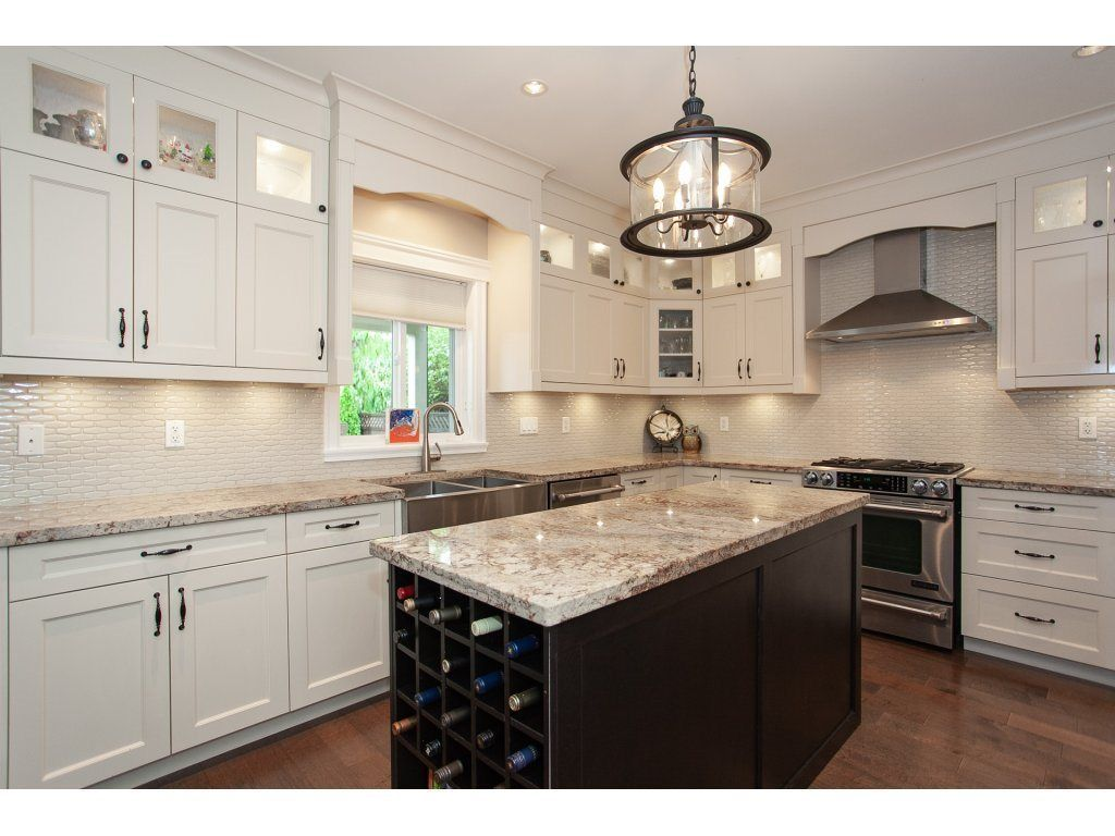 Photo 10: Photos: 1413 130 Street in Surrey: Crescent Bch Ocean Pk. House for sale (South Surrey White Rock)  : MLS®# R2311122