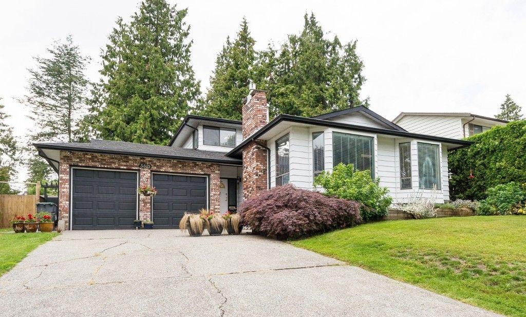 """Main Photo: 5815 170A Street in Surrey: Cloverdale BC House for sale in """"Jersey Hills West Cloverdale"""" (Cloverdale)  : MLS®# R2084016"""
