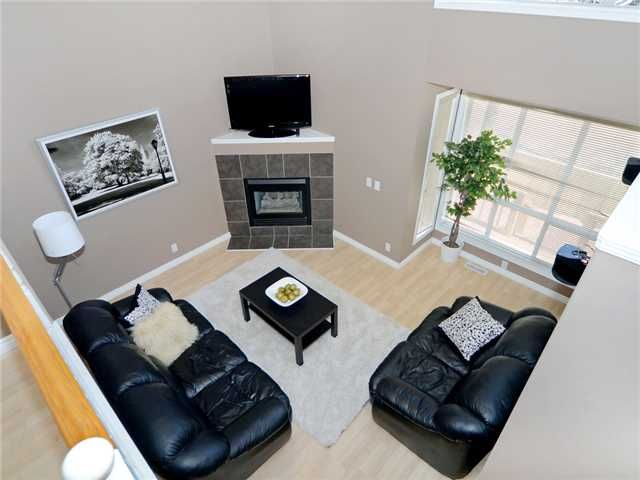 Photo 2: Photos: 51 MILLROSE Place SW in CALGARY: Millrise Townhouse for sale (Calgary)  : MLS®# C3560481