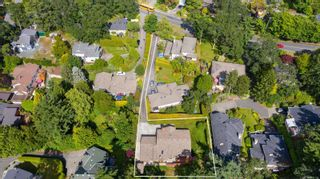 Photo 33: 3712 Blenkinsop Rd in : SE Maplewood House for sale (Saanich East)  : MLS®# 879103