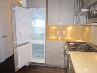 """Photo 14: 1803 5665 BOUNDARY Road in Vancouver: Collingwood VE Condo for sale in """"Wall Centre"""" (Vancouver East)  : MLS®# R2625088"""