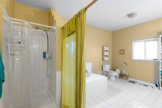 Photo 12: 513 MCDONALD Street in New Westminster: The Heights NW House for sale : MLS®# R2539165
