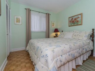 Photo 3: 22 Sir Bodwin Place in Markham: Markham Village House (Bungalow) for sale : MLS®# N3605076