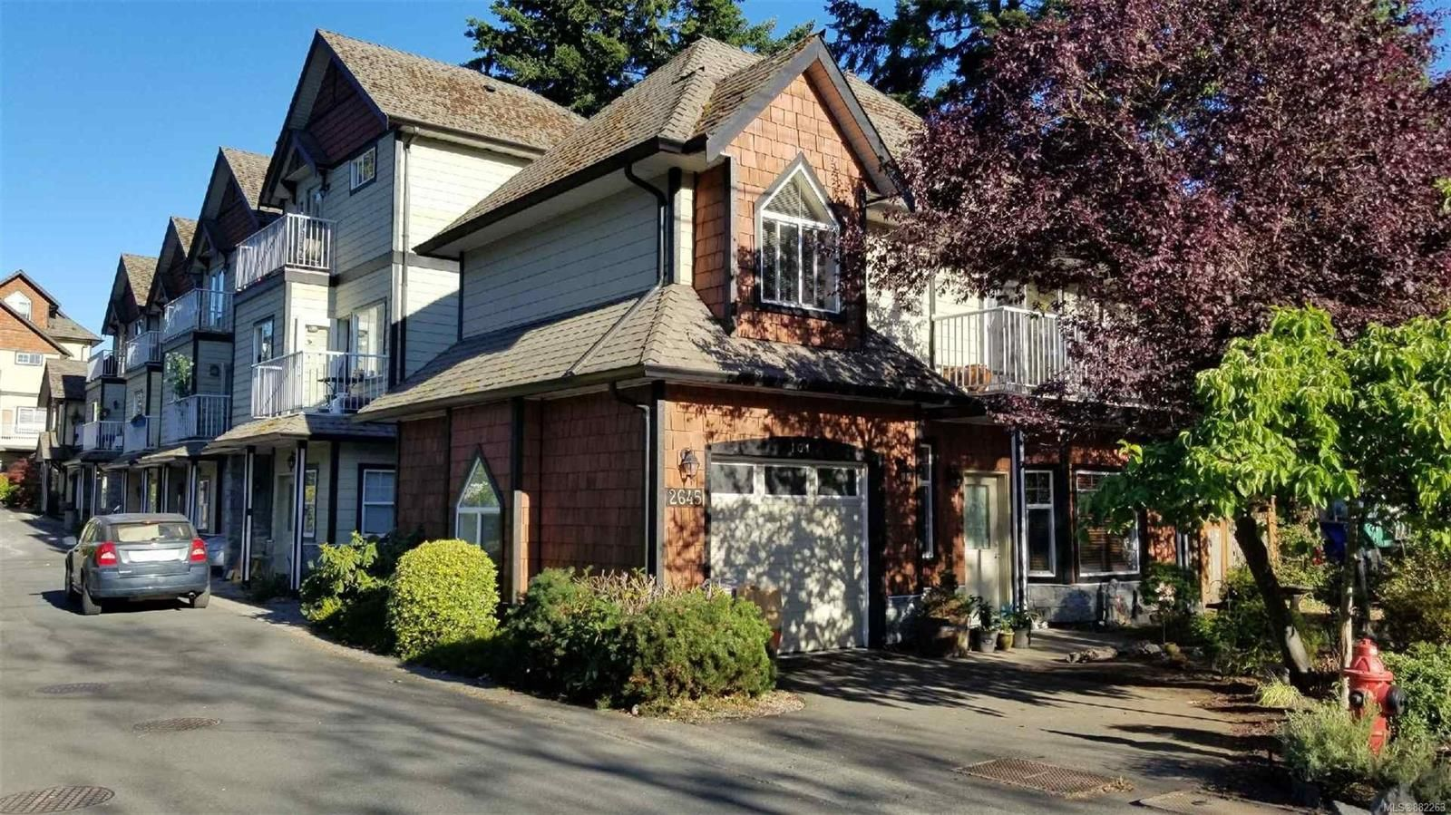 Main Photo: 101 2645 Millstream Rd in : La Mill Hill Row/Townhouse for sale (Langford)  : MLS®# 882263