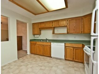"Photo 12: 303 33090 GEORGE FERGUSON Way in Abbotsford: Central Abbotsford Condo for sale in ""Tiffany Place"" : MLS®# F1425343"