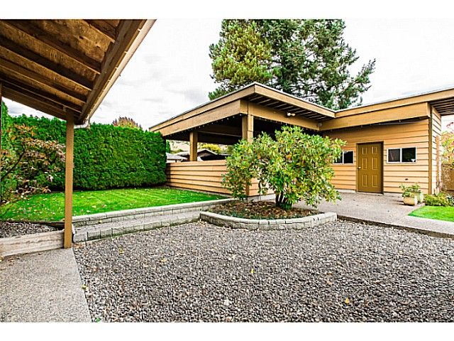 """Photo 19: Photos: 1063 SEVENTH Avenue in New Westminster: Moody Park House for sale in """"MOODY PARK"""" : MLS®# V1090839"""