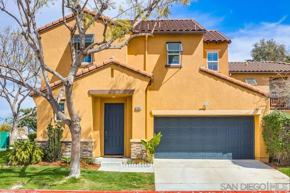 Main Photo: CARMEL VALLEY House for sale : 4 bedrooms : 13567 Foxglove Way in San Diego
