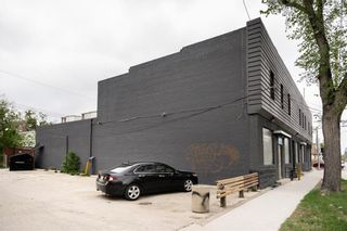 Photo 2: 582 Burrows Avenue in Winnipeg: Industrial / Commercial / Investment for sale (4A)  : MLS®# 202112991