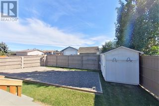 Photo 12: 152 MacKay Crescent in Hinton: House for sale : MLS®# A1108332