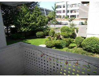 """Photo 10: 212 423 AGNES Street in New_Westminster: Downtown NW Condo for sale in """"RIDGEVIEW"""" (New Westminster)  : MLS®# V750585"""