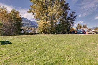 """Photo 20: 11 1800 MAMQUAM Road in Squamish: Garibaldi Estates Townhouse for sale in """"Virescence"""" : MLS®# R2315054"""
