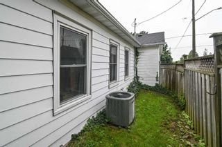 Photo 13: 185 N Centre Street in Oshawa: Central House (Bungalow) for sale : MLS®# E5328015