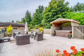 """Photo 23: 14616 WEST BEACH Avenue: White Rock House for sale in """"WHITE ROCK"""" (South Surrey White Rock)  : MLS®# R2408547"""