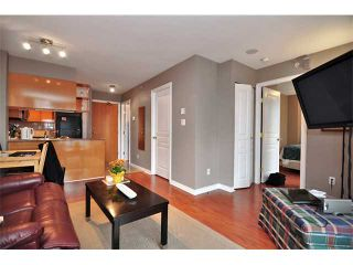 """Photo 2: 1607 1189 HOWE Street in Vancouver: Downtown VW Condo for sale in """"GENESIS"""" (Vancouver West)  : MLS®# V853250"""