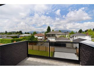 Photo 9: 6981 CURTIS Street in Burnaby: Sperling-Duthie House for sale (Burnaby North)  : MLS®# V896369