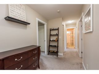 """Photo 10: 18186 66A Avenue in Surrey: Cloverdale BC House for sale in """"The Vineyards"""" (Cloverdale)  : MLS®# R2186469"""