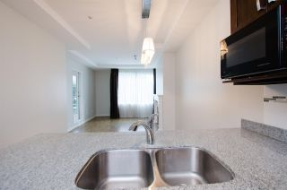 """Photo 14: 108 6475 CHESTER Street in Vancouver: Fraser VE Condo for sale in """"Southridge House"""" (Vancouver East)  : MLS®# R2439801"""