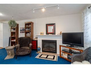 """Photo 4: 4 6555 192A Street in Surrey: Clayton Townhouse for sale in """"Carlisle at Southlands"""" (Cloverdale)  : MLS®# R2445416"""