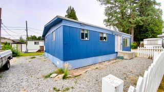 """Photo 1: 18 40022 GOVERNMENT Road in Squamish: Garibaldi Estates Manufactured Home for sale in """"Angelo's Trailer Park"""" : MLS®# R2386554"""