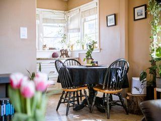 Photo 3: 9207 91 Street in Edmonton: Zone 18 House for sale : MLS®# E4253209