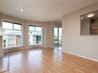 Photo 3: 302 898 Vernon Ave in Saanich: SE Swan Lake Condo for sale (Saanich East)  : MLS®# 853897