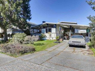 """Photo 2: 3391 WARDMORE Place in Richmond: Seafair House for sale in """"SEAFAIR"""" : MLS®# R2557606"""