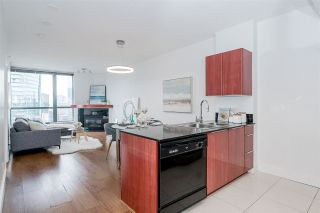 Photo 15: 3209 1239 W GEORGIA Street in Vancouver: Coal Harbour Condo for sale (Vancouver West)  : MLS®# R2495132