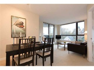 """Photo 5: 401 814 ROYAL Avenue in New Westminster: Downtown NW Condo for sale in """"NEWS NORTH"""" : MLS®# V1036016"""
