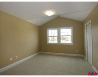 Photo 8: 8276 211TH Street in Langley: Willoughby Heights House for sale : MLS®# F2902170